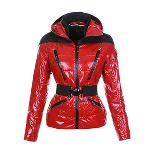 DG3611 Womens Moncler Ski Jackets With Hooded Zip Big Neck Red [db32]
