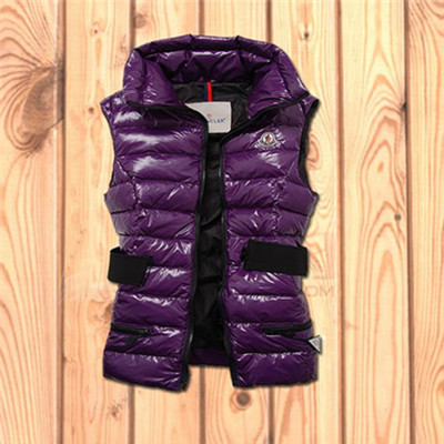 DG6255 Womens Moncler Gaelle Fully Lined Down Vest Purple [a5be]